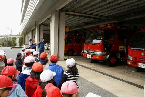 DSC00060消防車こちら
