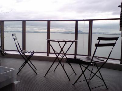 HI380021 balcony