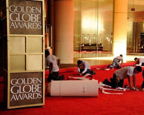 golden-globe-red-011312-3.jpg