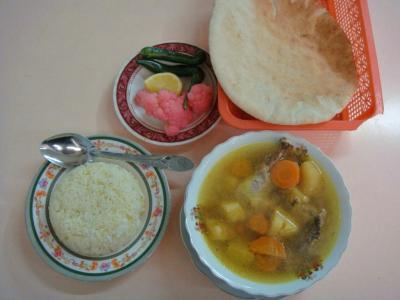 チキン入り野菜スープ&ライス