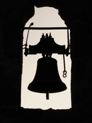 鐘のシルエット@シナイ山