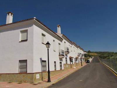 白い村の道②