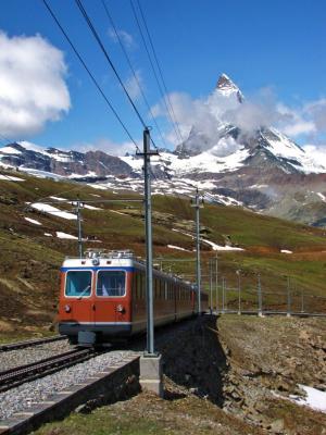 登山列車と巨人@ヴァリス・アルプス
