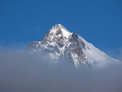 雲間からチラリ@サース谷
