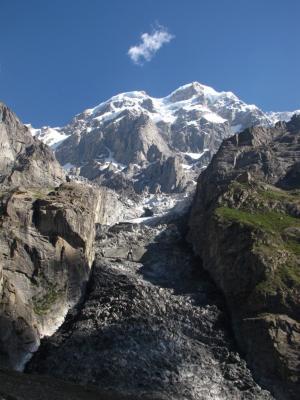 ウルタルピーク&氷河@ウルタルB.C.