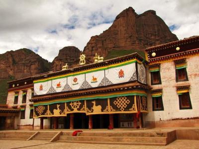 拉加寺本堂