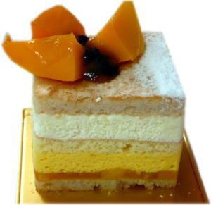マンゴーとパッションフルーツのケーキ