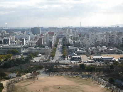 ズッドーン!と南っ側に姫路駅がありますw