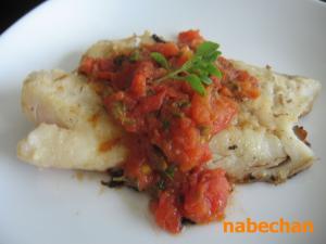 鱈のトマトバジルソース