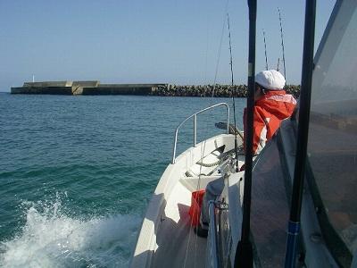 網野港とドルフィン号
