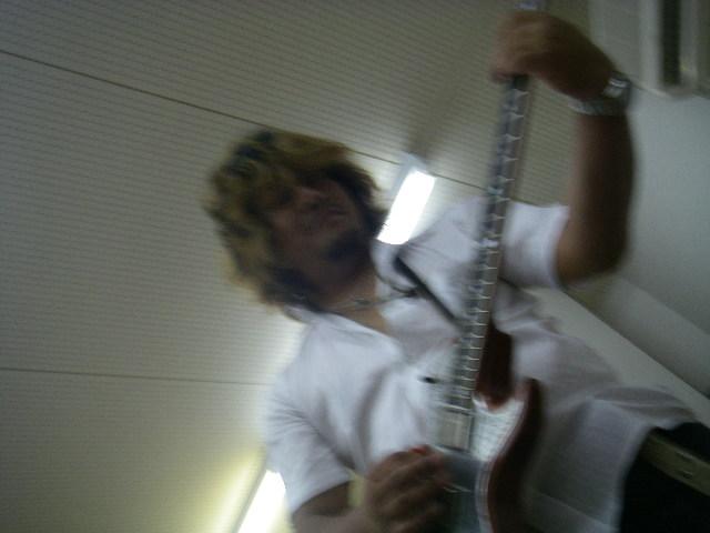 ギターソロ。