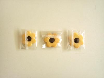 花チョコクッキーc