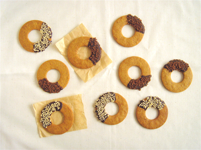 全粒粉ドーナツクッキーc