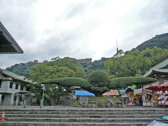 照国神社2