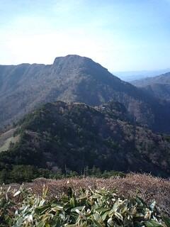 岩黒山より