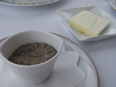 タプナードとバター