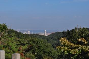 ホテルオークラや大阪湾が見えます。