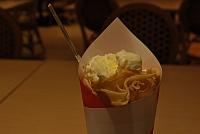 バナナチョコアイス生クリームクレープ 400円 なんかイマイチ
