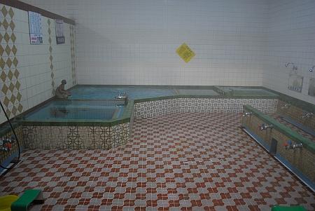 男湯の浴場
