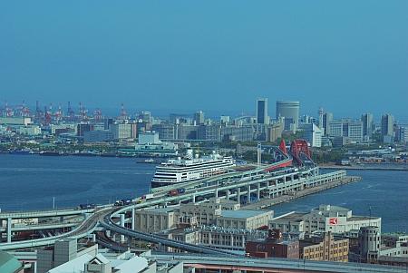 フォーレンダム号も見えます。
