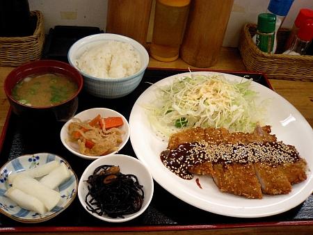 トンカツ定食・味噌