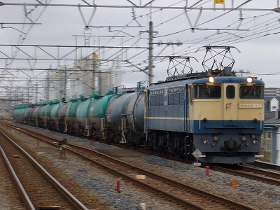 7.EF65-1054+タキ