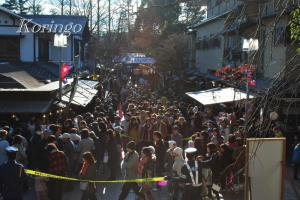 2009年1月2日門から見た行列