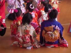 H21.3.3 幼稚園ひな祭り。 006