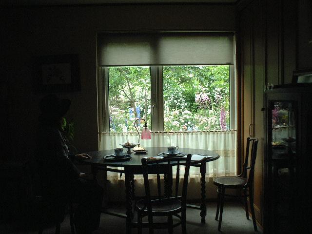Sさんの窓辺