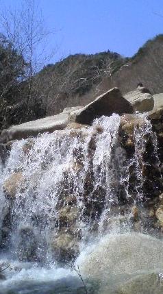 044-1 滝
