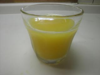 オレンジジュースの炭酸割り
