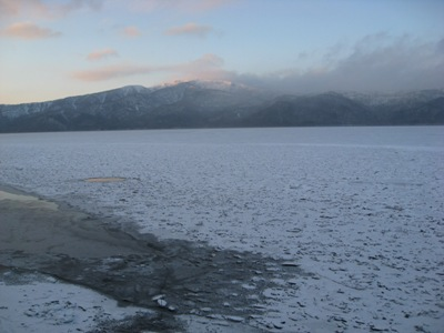 大寒の屈斜路湖