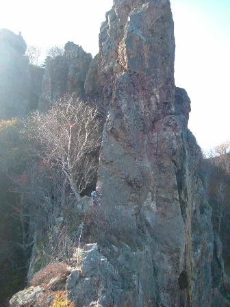 不動岩稜を登る
