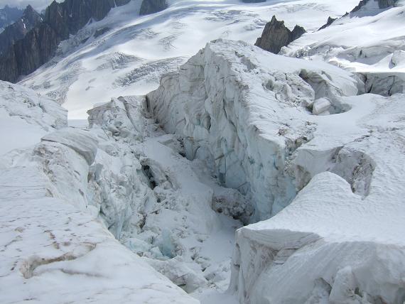 氷河の崩壊-3