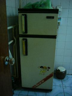 閉まりの悪い冷蔵庫