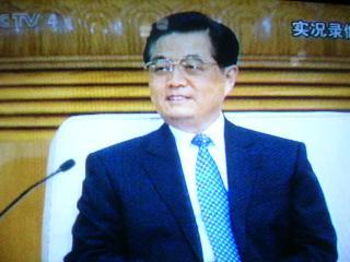 台湾の連戦さんと会談する胡錦濤さん