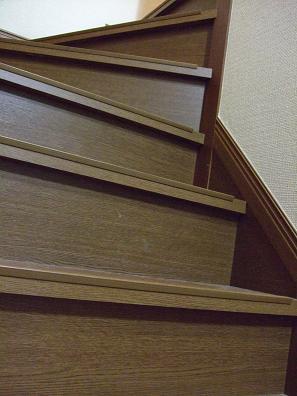 1階から見上げると