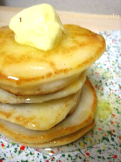 A_PAIR_OF_PANCAKES
