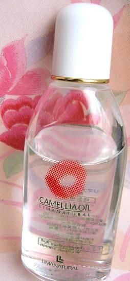 cameliaoil1.jpg