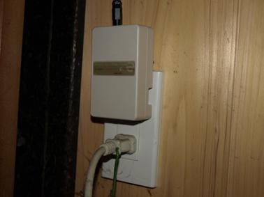 電場防止器