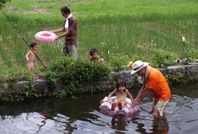 5池で遊ぶ