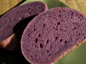 紫芋のスコーンハ#12442;ンカット2011