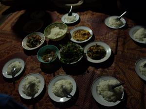 7ホイプロイ・最初の食事