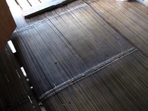 15ホイプロイ・竹の床