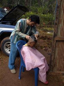 22ホイプロイ・子どもの日に散髪するGig