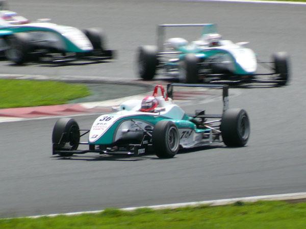 F3 Round 16 FUJI TOMSのバトル