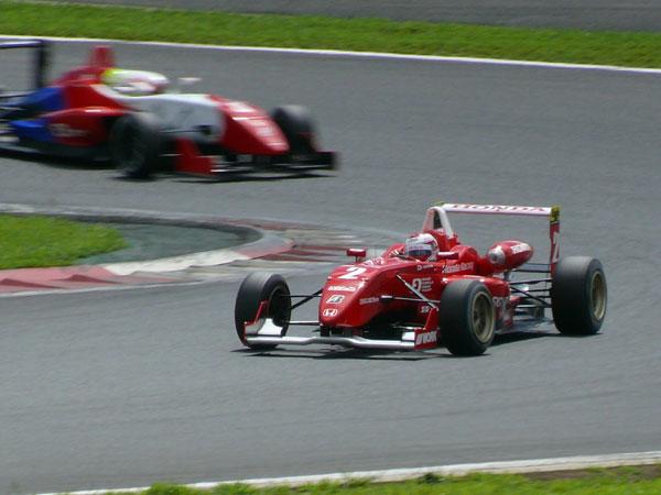 F3 Round 16 FUJI Hondaのバトル