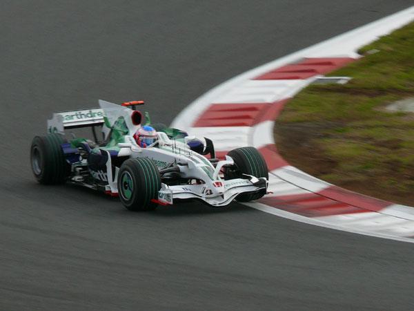 16 Jenson-Button