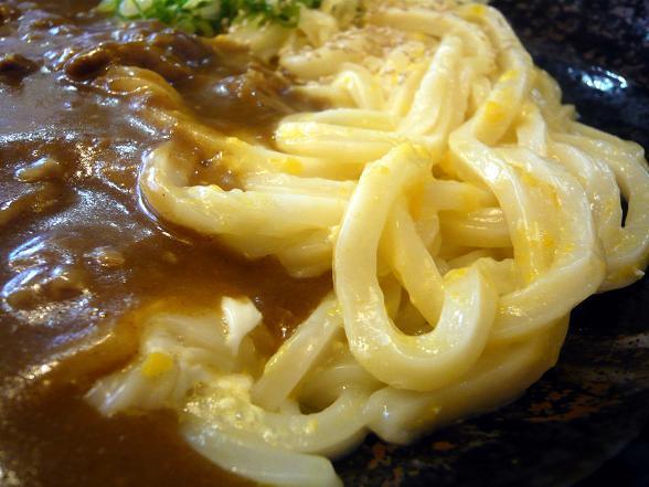 伊 カレー麺