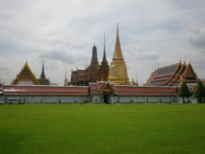 Temple-of-the-Emerald-Buddha2.jpg